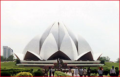 Lotus Temple, Delhi Tour