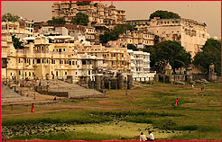 City Palace, Udaipur Tour & Travels